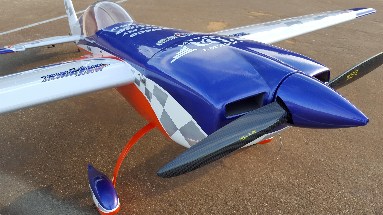 Review Pilot Rc Extra 330 Da 170 Hitec 9380 Fromeco